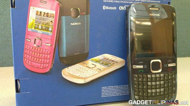 Nokia C3 Unboxing 16