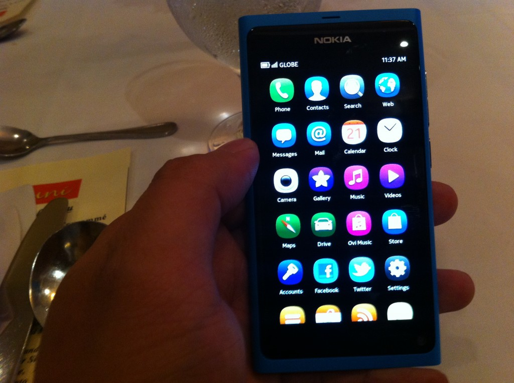 Nokia N9 in the Flesh, First Impressions