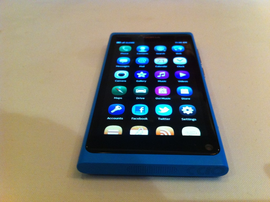Nokia N9 is Now Officially Available in the Philippines, Priced Decently