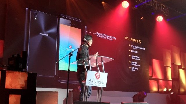 Mr. Lonson Alejandrino, Product Manager for Cherry Mobile, Talks about the features of the Flare 5