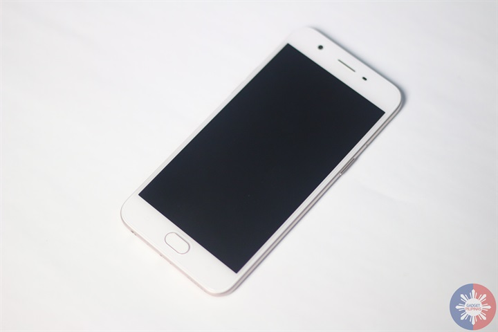 OPPO A57 4 - OPPO A57 Review: Selfie Expert Goes Compact