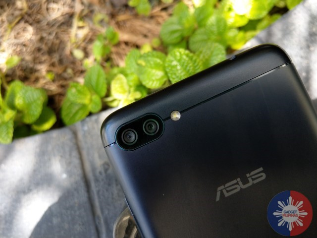 Zenfone 4 Max 17 - ASUS Zenfone 4 Max Unboxing and First Impressions