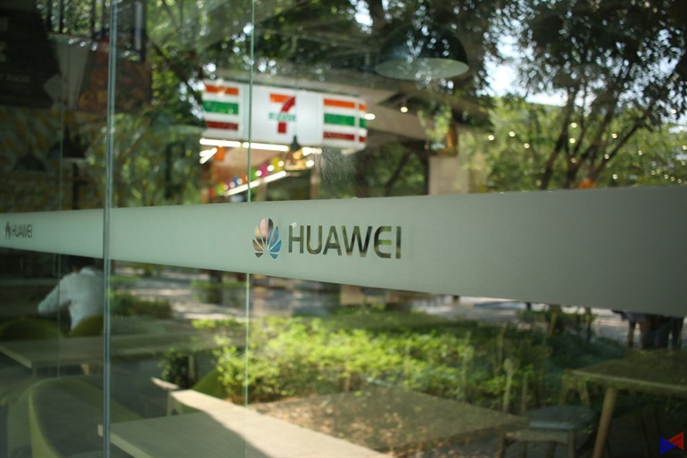 Huawei, a digital economy enabler that connects 1/3 of world's population