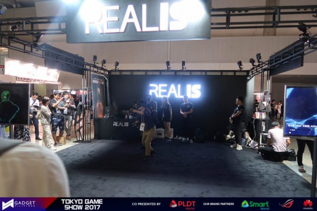 VR Untethered Realis