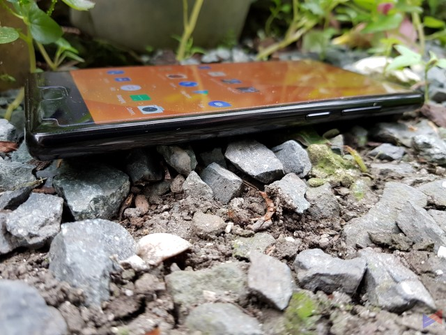 Doogee Mix Review: Cutting Corners