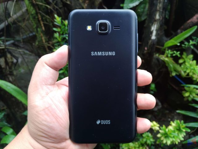 j7core unit 3 640x480 - Samsung Galaxy J7 Core Review: Just Right
