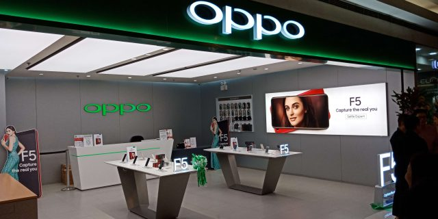 oppo roadshow 5 640x320 - OPPO Kicks off First Day of Sale for the F5 with a Carnival Roadshow!