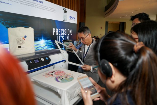 LRM EXPORT 20171031 173500 640x428 - Epson Singapore to boost enterprise and business segments