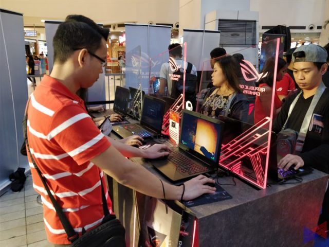 asus share2017 2 640x480 - ASUS Celebrates the Holiday Season with Share 2017 Christmas Roadshow!