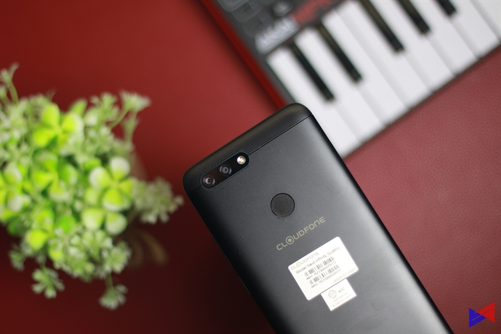 Cloudfone Next infinity Quattro Review
