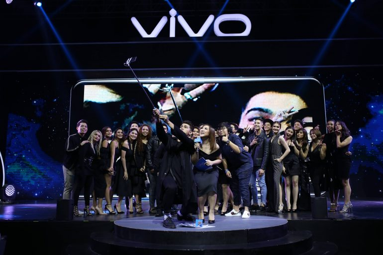 Vivo family V7launch 1