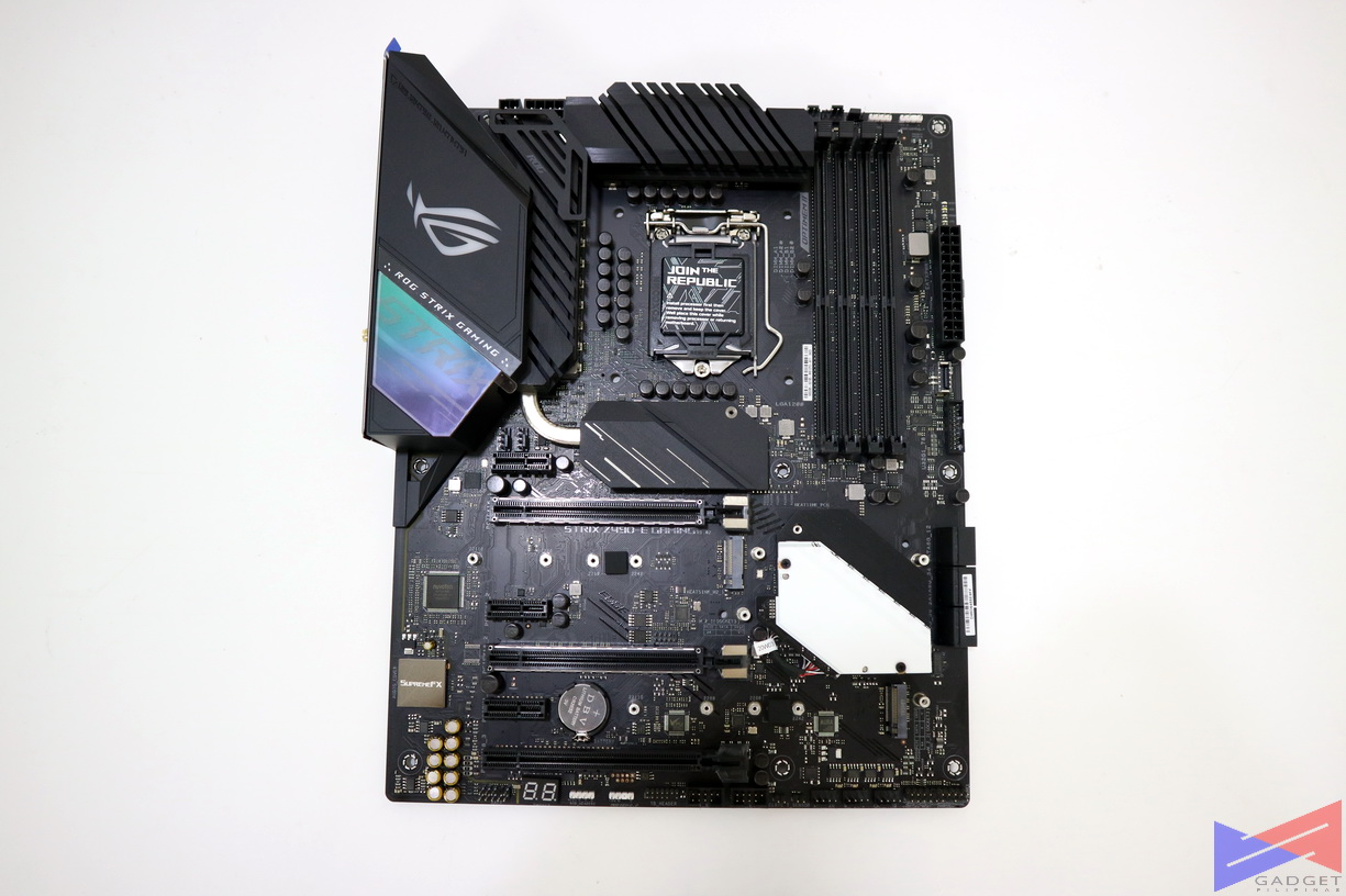ASUS ROG Strix Z490-E Gaming Motherboard Initial Review - M.2 slot
