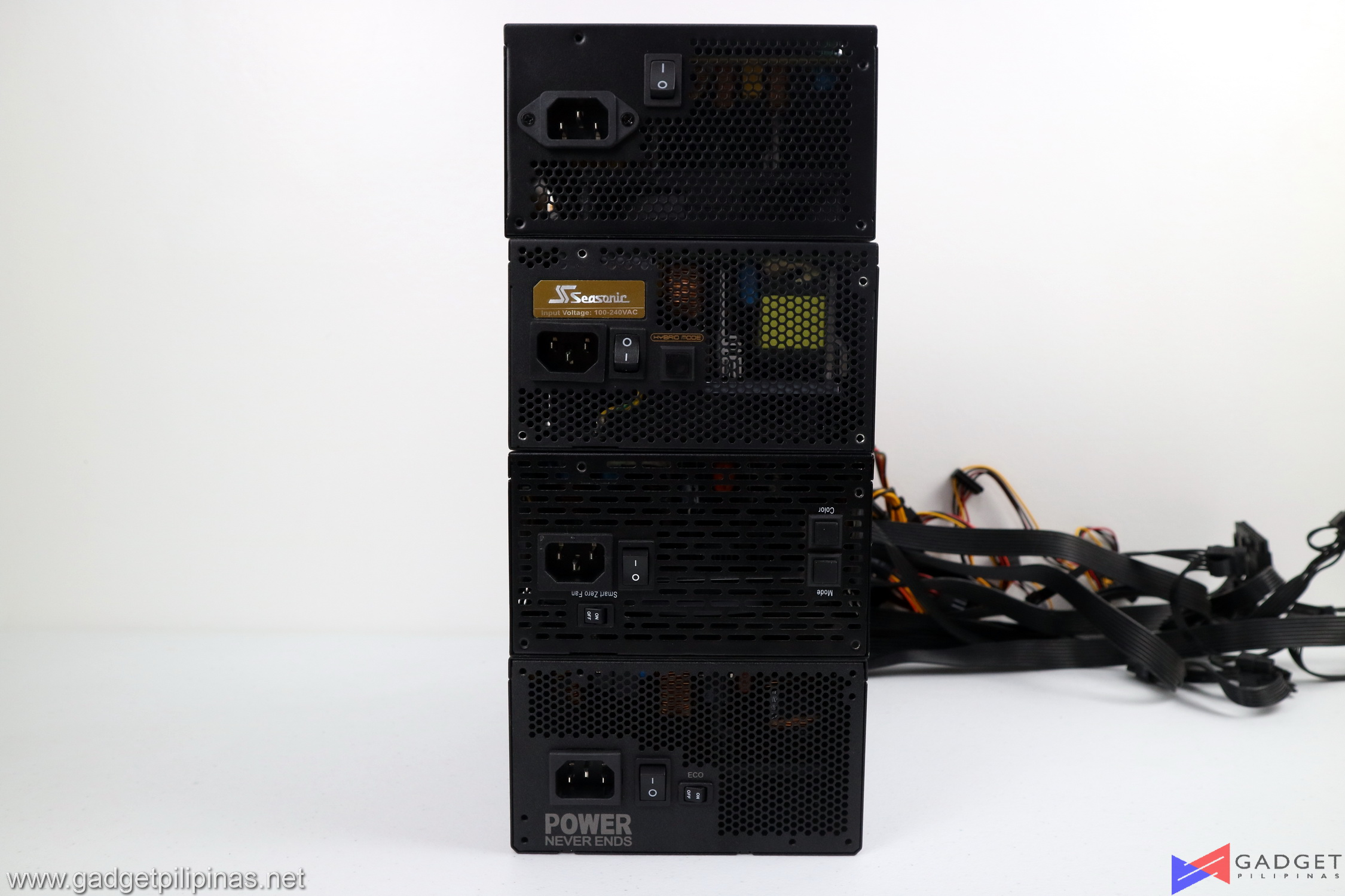 FSP Hydro PTM PRO 1200W 80+ Platinum Review 043